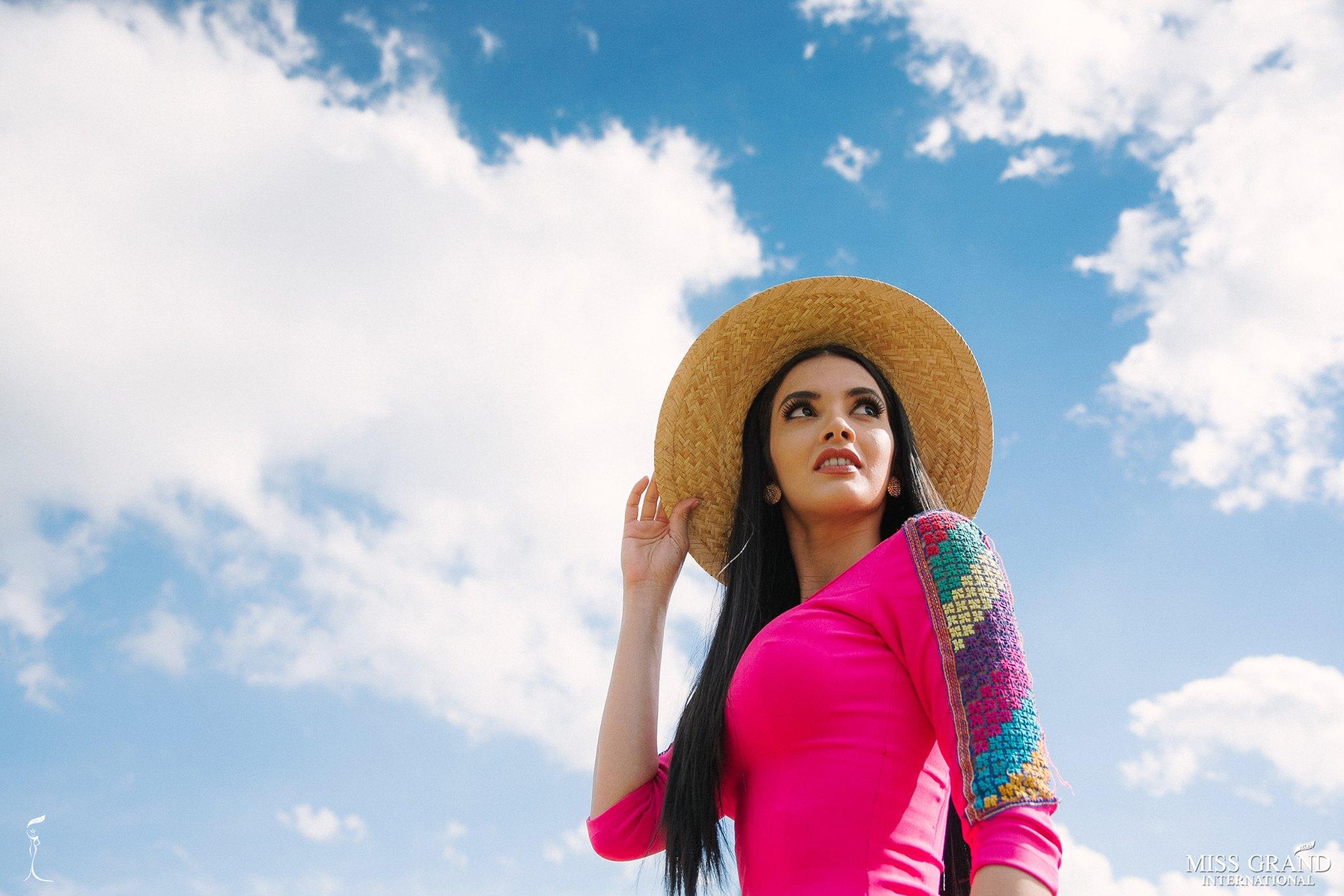 miss grand international 2018 visitando brasil para assistir a final de miss grand brasil 2019. - Página 3 Mb3hual5