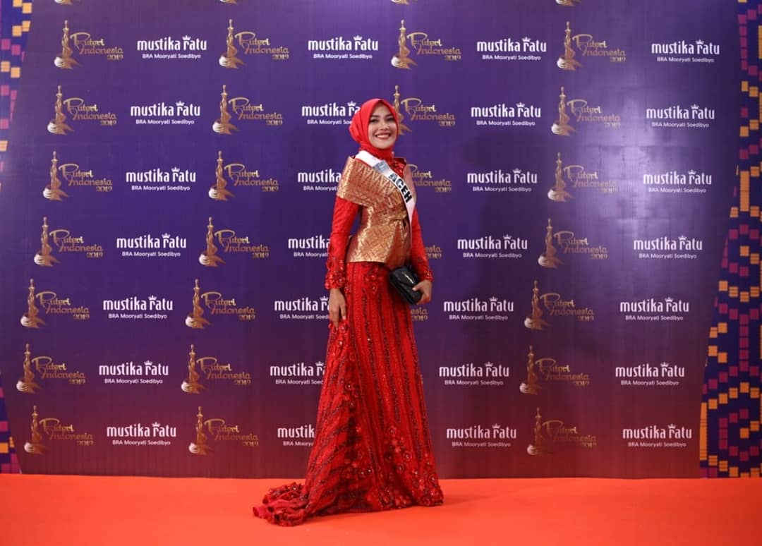 candidatas a puteri indonesia 2019. final: 8 marso. - Página 5 Cp26bjcc