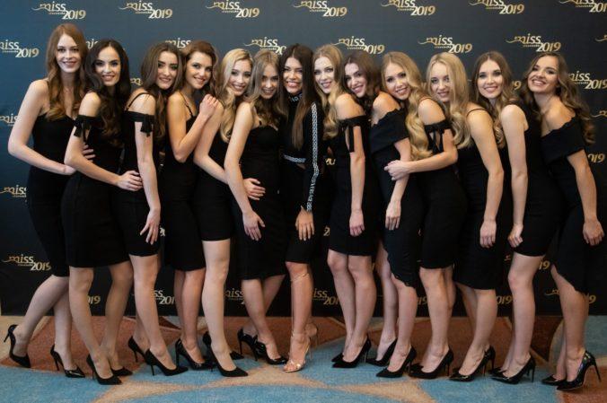 candidatas a miss slovensko 2019. final: 27 de abril. - Página 2 Ef6am44b