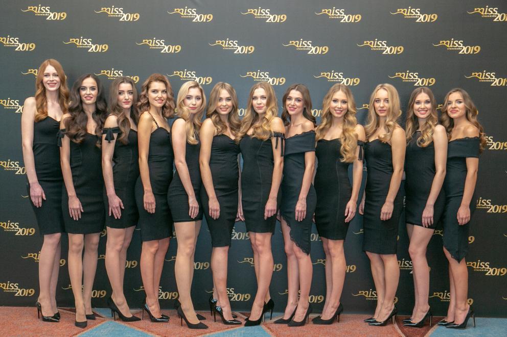 candidatas a miss slovensko 2019. final: 27 de abril. - Página 3 Jbq5q7wy