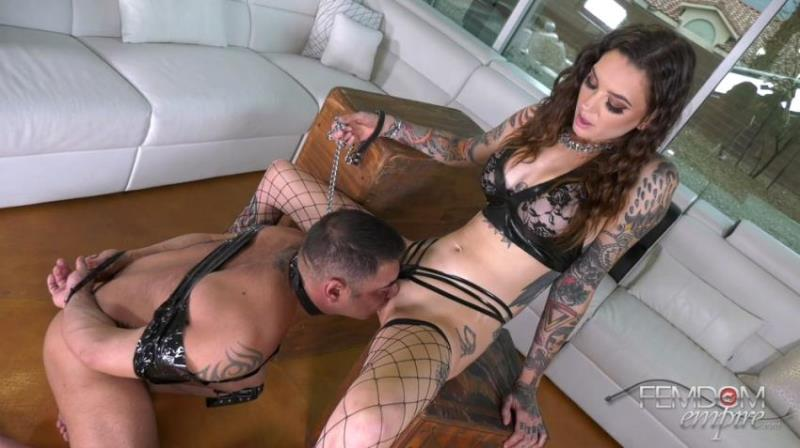 Rocky Emerson - Peeping Tom to Oral Slave (2021/FemdomEmpire) [FullHD/1080p/ 899.38 Mb]
