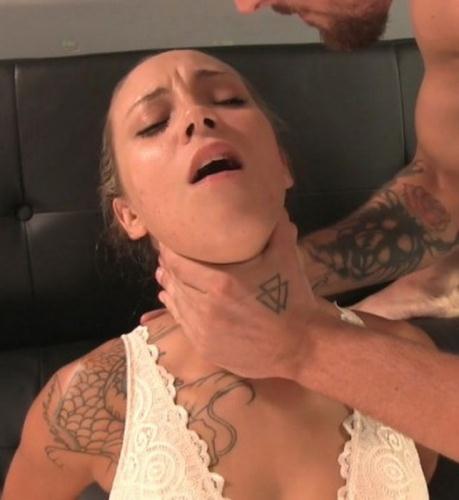 Sasha Foxxx - Sasha Foxxx Gets Throat Fucked (FullHD)